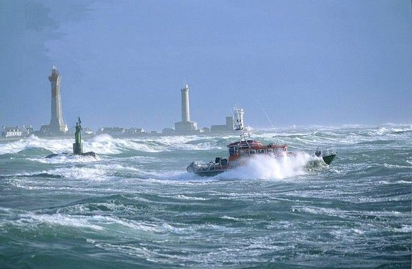 phares en mer d'Iroise