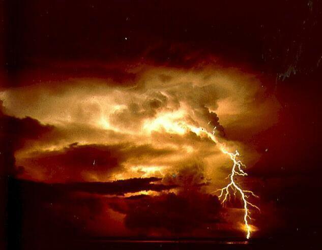 L'orage ~~ Les éclairs J0mrcs76